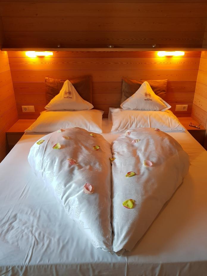 Unser Flitterwochen-Bett im Hotel Rosalpina