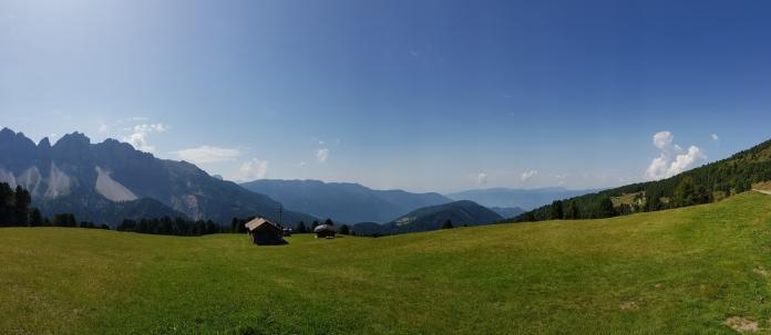 Wunderschöne Landschaft in den Dolomiten
