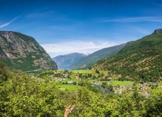 Aussicht auf den Aurlandsfjord