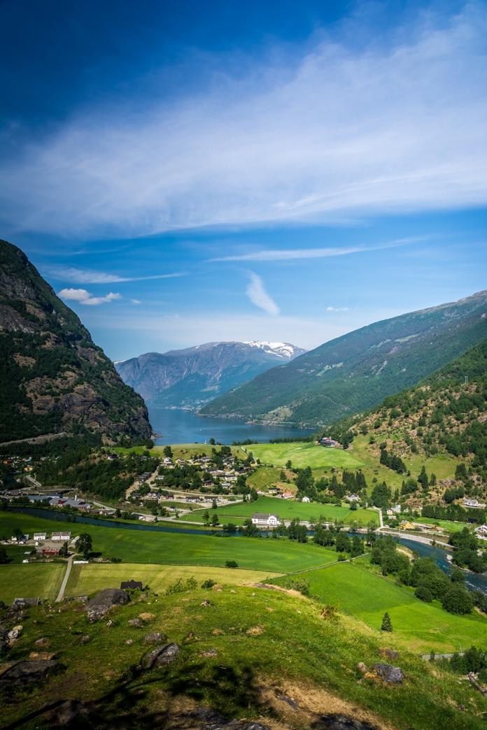 Ausblick auf den Aurlandsfjord in Flam