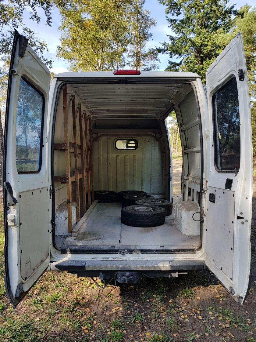 DIY Camper Van Ausbau 01