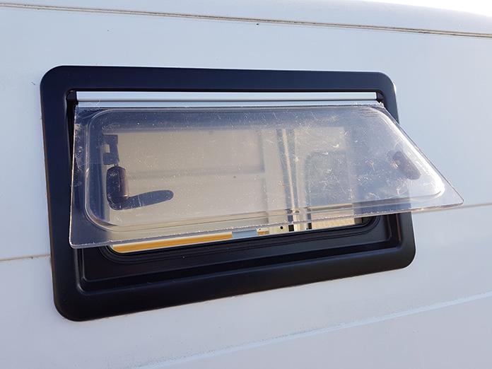 Wohnmobil Ausbau Camping Fenster Seitz S4 Citroen Jumper
