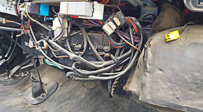 Das Armaturenbrett des Citroen Jumper 230 von innen
