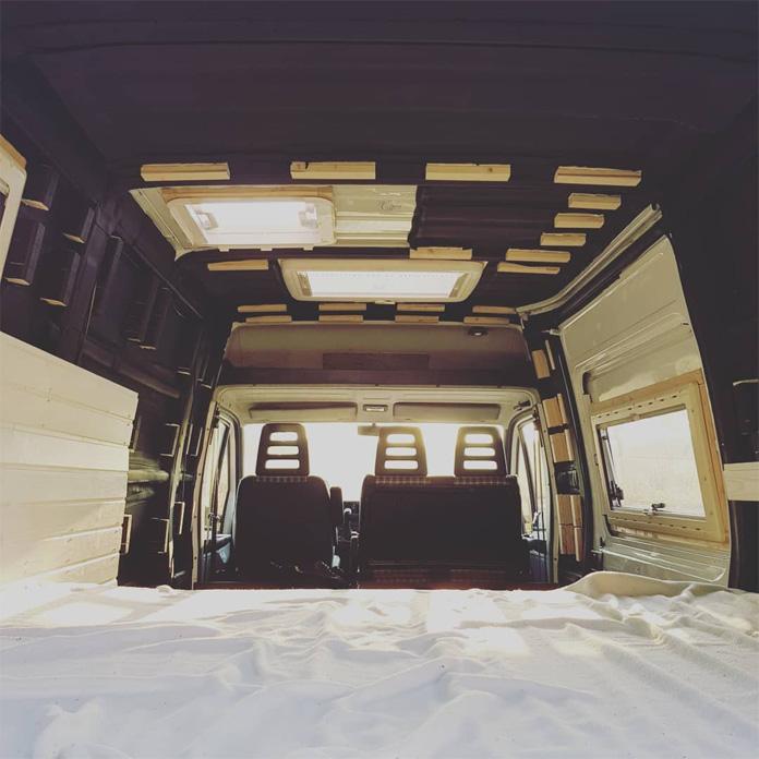 Das Bett in unserem DIY Camper