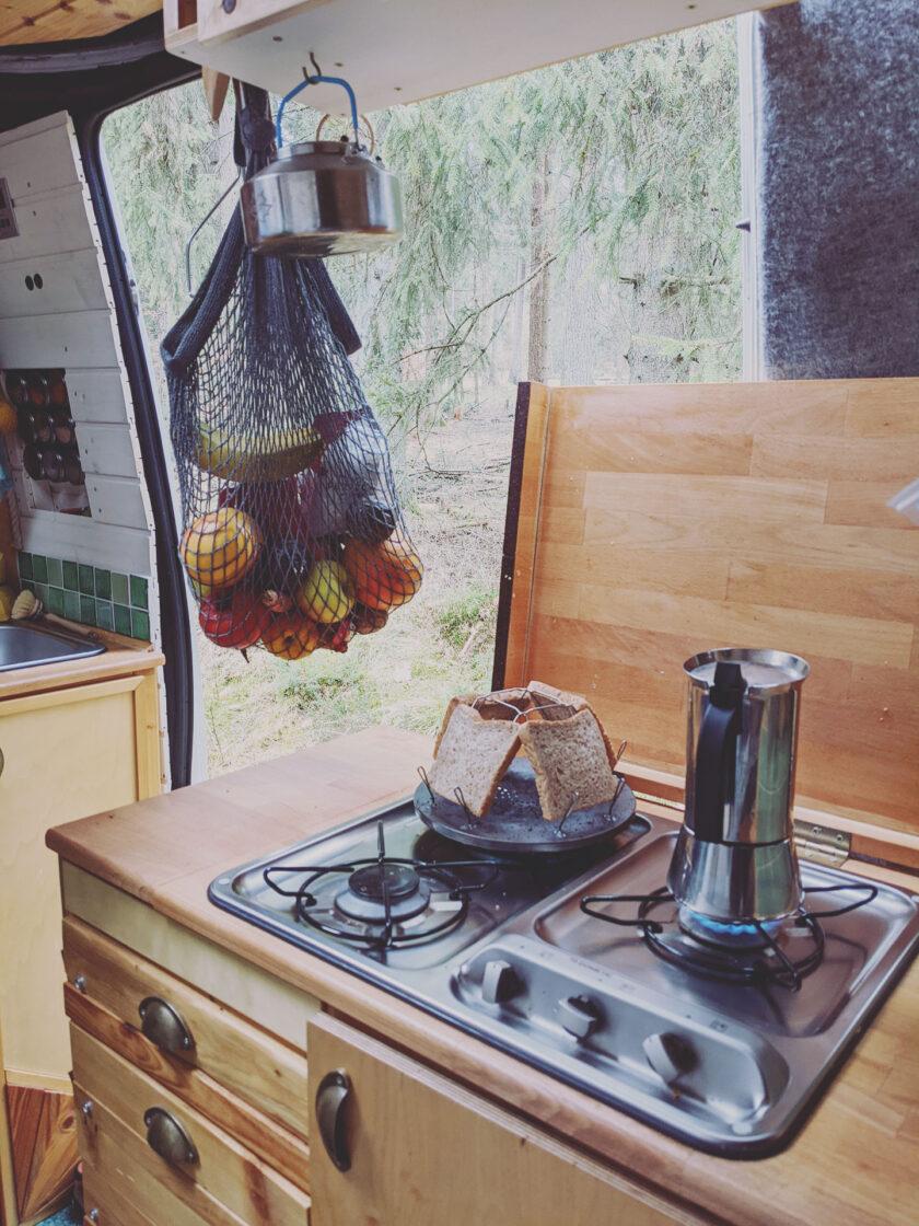Wohnmobil kochen mit Gas und Nachhaltigkeit